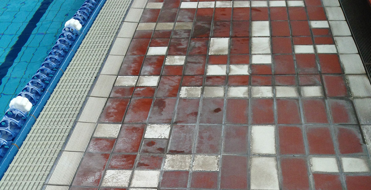 CeramicSolutions__0019_Cleaning-contaminated