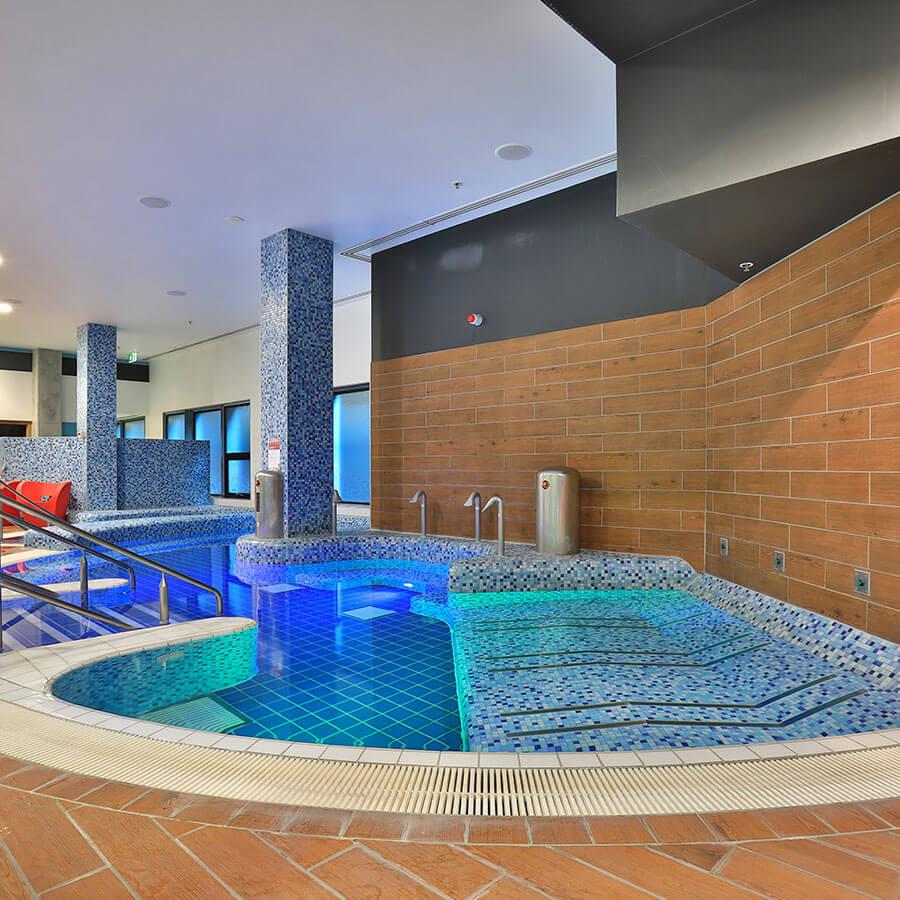 Ceramic Solutions Pools - FI-CS-Pool-Tiles_0030_Virgin-Active-Sports-Club