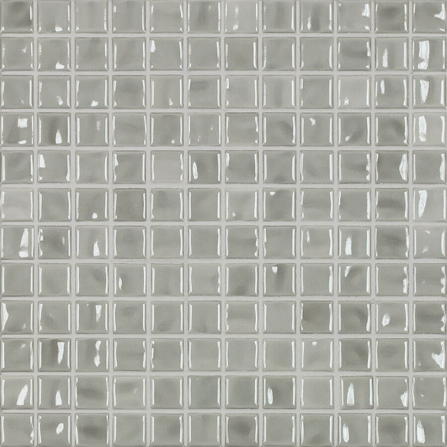 Ceramic-Solutions_0008_Amano_light-gray-glossy-1