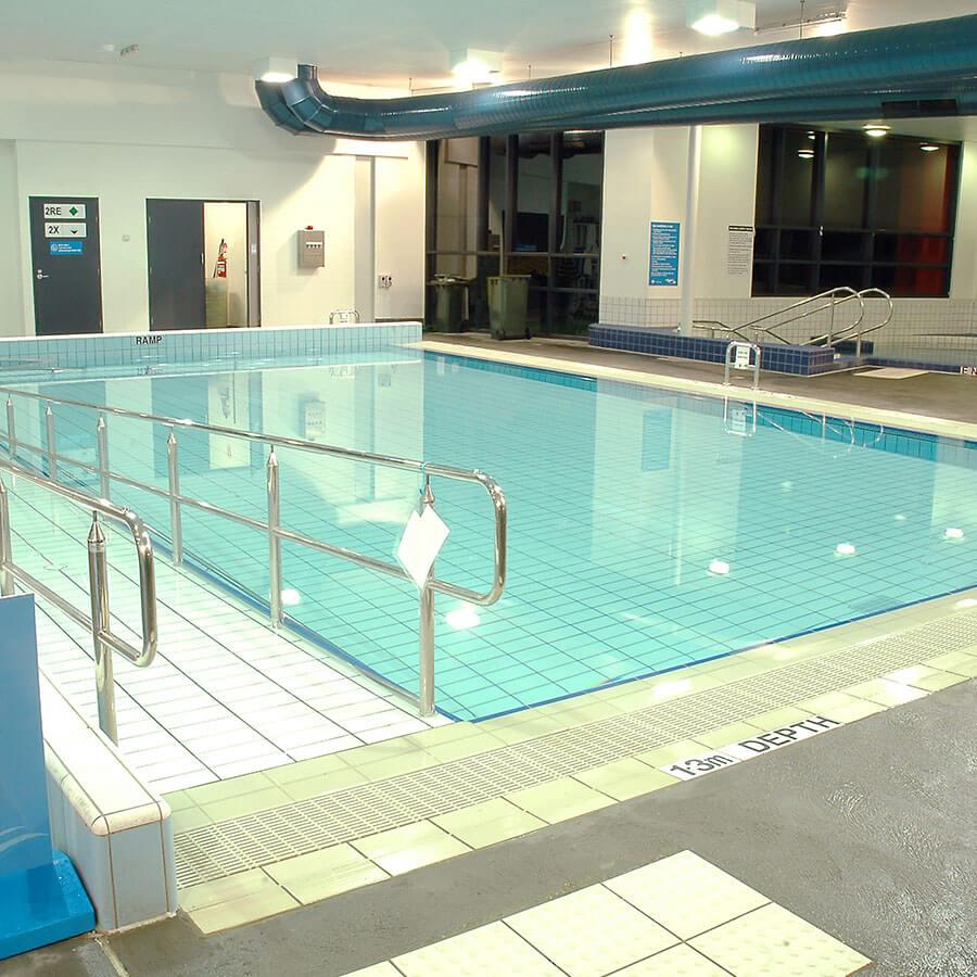 Ceramic Solutions Pools - FI-CS-Pool-Tiles_0021_Maribyrnong-Aquatic-Centre